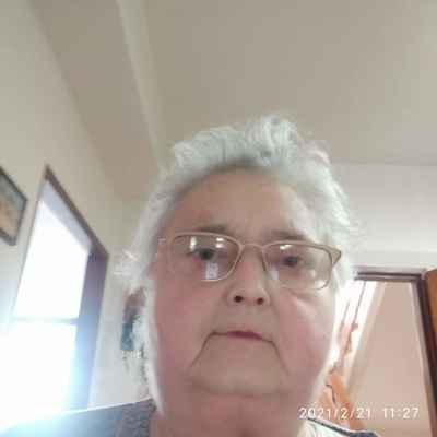 Pašková selfie foto 2021. - Jiřinka- poslala mi to na můj WhatsApp,21.2.21,v 23:41 h.,na WhatsApp s Dobrou noc textem mi to poslala. »*«  * Dne: 21.2.2021/11:27 h.,neděle,Plzeň. * All Rights Reserved Photo: Pašková * Fotoaparát: Xiaomi redmi note 8 lite »*« #JirinaPaskova #JP1953 #Pašková #Paskova #JP53 #Zemanova #JiraPaskova #JP53selficko »*« Před nikým se neponižuj a nad nikoho se nepovyšuj. Sdílené na mých datech od Vodafonu dne 22.2.2021/S27