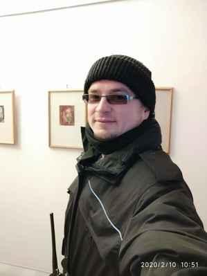 Lasardopictures 2020 - V práci 10.2.2020 v pondělí na radnici města Plzně. Na výstavě plzeňské malířky. * Dne: 10.2.2020/Plzeň/pondělí. * Fotograf: D'J.Tamáš|LasardoPictures * Fotoaparát: Xiaomi Redmi Note 8 lite. * All Rights Reserved Photo: LasardoPictures * IMG_20200210_105149.jpg | fotoaparát: Xiaomi, MI 8 Lite | datum: 10.02.2020 10:51:49 | čas: 1/14 s | clona: f/2.2 | ohnisko: 3.9 mm | ISO: 1879 »*« * www.lasardopictures.webnode.cz    * www.forest1981.estranky.cz * JT81 R.I.P hudba - www.youtube.com/playlist?list=PLALJeiPjfjpZFiG27SmrhQfsdprHyB4Dc   * www.sisiangelswhitegabriela.estranky.cz * http://m.onlineradiok.com/petofi »*« #LasardoPictureS #Dodi2020 #TJ81selfíčko #TJ81Fotograf #Tamáš #plzen #radnice #vystava #pilsen #malířka »*«  WiFi|Dne: 10.2.2020|od Plzen free Wi-Fi.,v Plzni/Dominikánská ulice.
