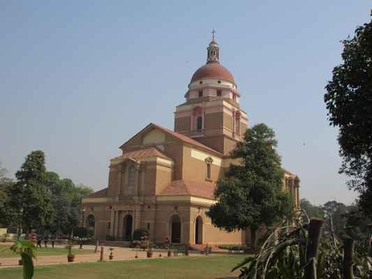 Katedrální kostel vykoupení v Nové Dillí , také známý jako místokrálový kostel , patří k nejkrásnějším  kostelům v Indii . Kostel se nachází východně od Parlamentního domu a Rashtrapati Bhavan, který byl tehdy používán britským místokrálem . Katedrála Církev vykoupení Indie, je součástí Dillí diecézi církev severní Indie