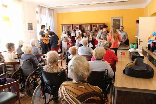 Vystoupení v domově seniorů