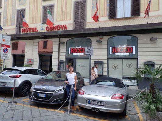 příjezd do La Spezie, před hotelem