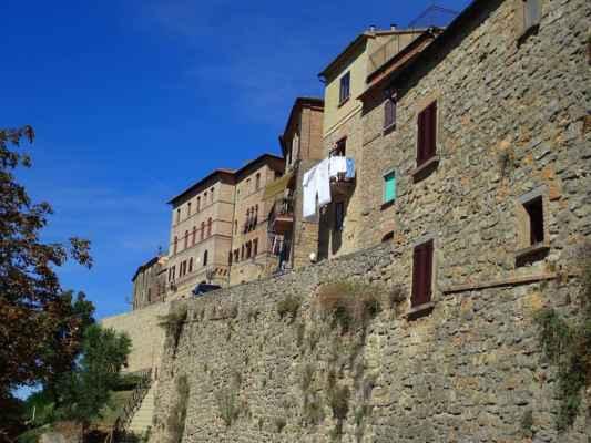 starověké domy, ve kterých se stále žije