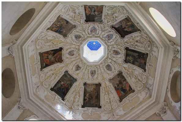 V době husitských válek byla prý soška ukryta v příbramských dolech, pak krátce ve farním kostele sv. Jakuba a posléze na Březnickém předměstí Příbrami ve špitálním kostele sv. Jana Evangelisty.