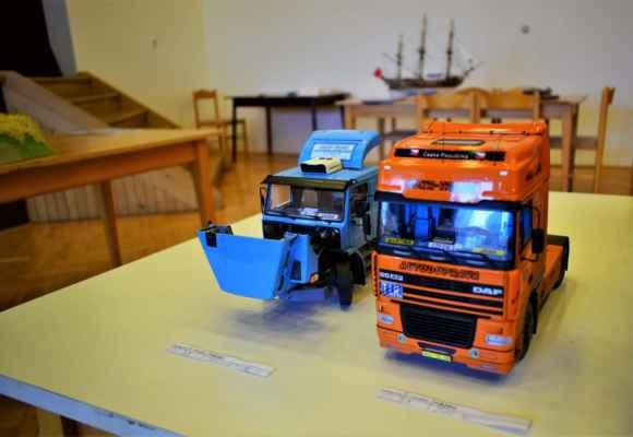 Scania T 142 H _____________________________________________________DAF 95