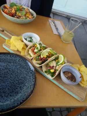 To jsme se takhle s kamarádkou řekli, že si dáme něco tradičního k obědu - Ale po cestě jsme zjistili, že obě máme rády mexickou kuchyni, takže to neklaplo