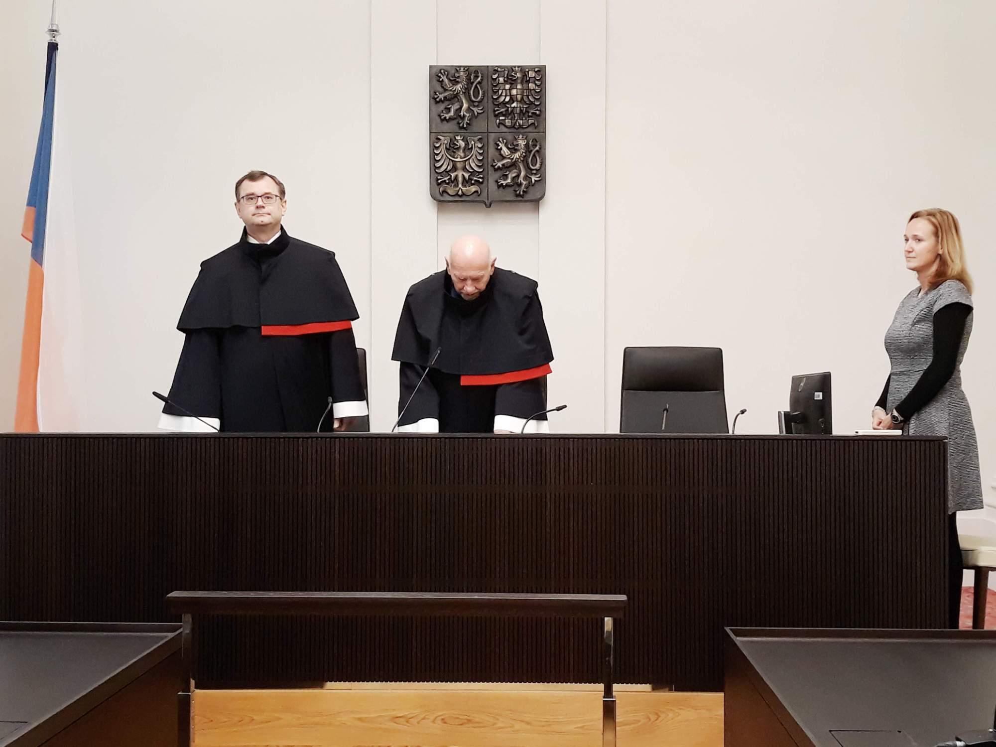 Ústavní soud ve středu vyhověl žádosti Transparency International.Foto: Miroslava Putzlacherová
