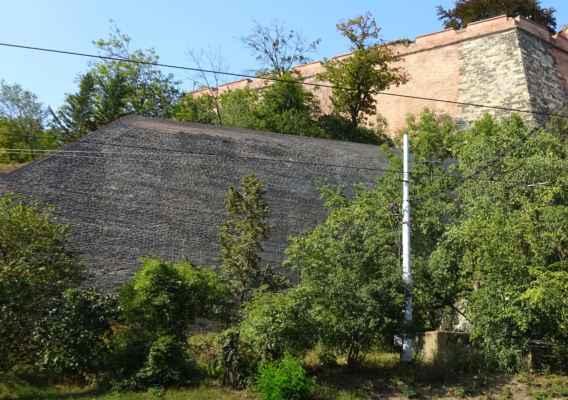 nábřeží Edvarda Beneše 5 - podzemní objekt K 111