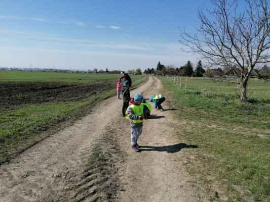 Den Země - procházka spojena s úklidem 2021