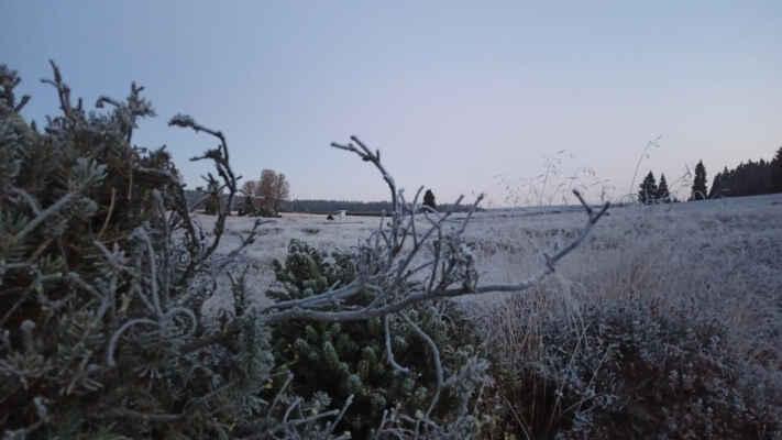 10.10. před východem Slunce na Perle, T pod -10 °C :) dvě desetinky, čímž padla první mínus desítka podzimu