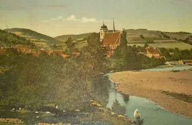 """Kolorovaná pohlednice s názvem: """"Doubravník - perla na Švarcavě"""" r. 1907"""