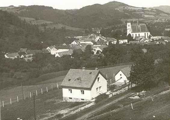 Doubravník - pohled z Pláňavy. Rok 1929.