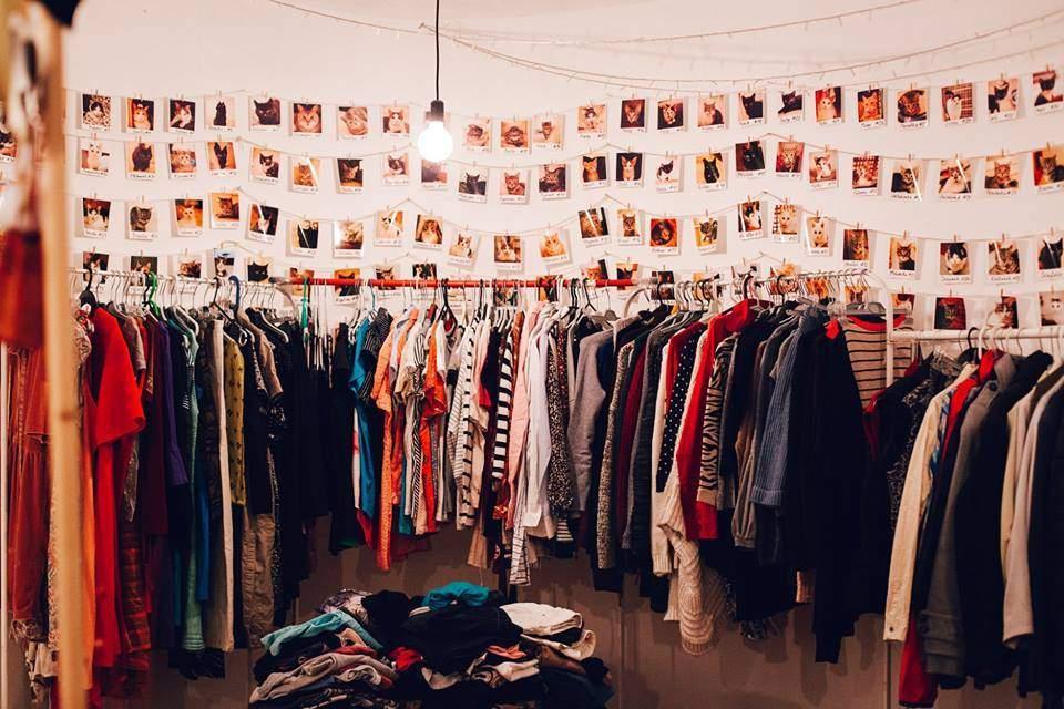 Návštěvníci měli na výběr z různých kousků oblečení.