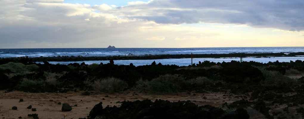 ...nejsevernější výspa Kanárských ostrovů - osamělé skalisko v oceánu...