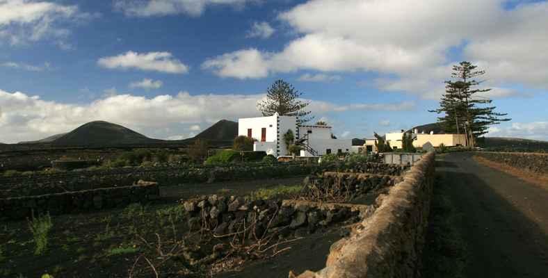 ...osamělá farma v Montaňa Blanca...
