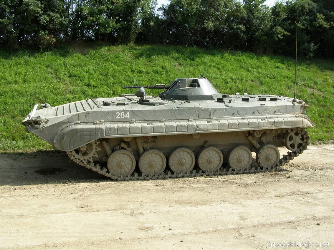 muzeum na demarkační linii Rokycany 07 - obrněný transportér OT-90