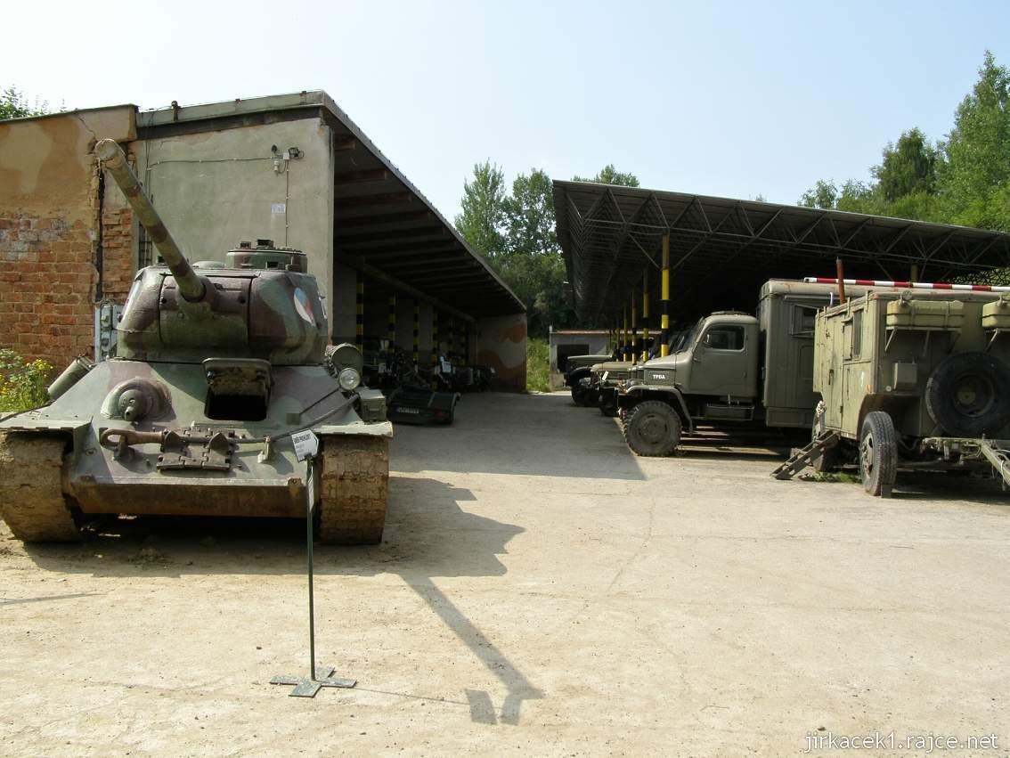muzeum na demarkační linii Rokycany 12 - tank T-34 - 85