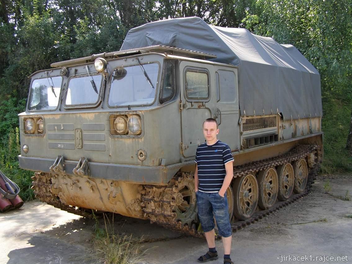 muzeum na demarkační linii Rokycany 17 - dělostřelecký tahač ATS-59G