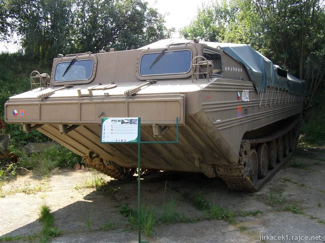 muzeum na demarkační linii Rokycany 18 - obojživelný transportér PTS-M