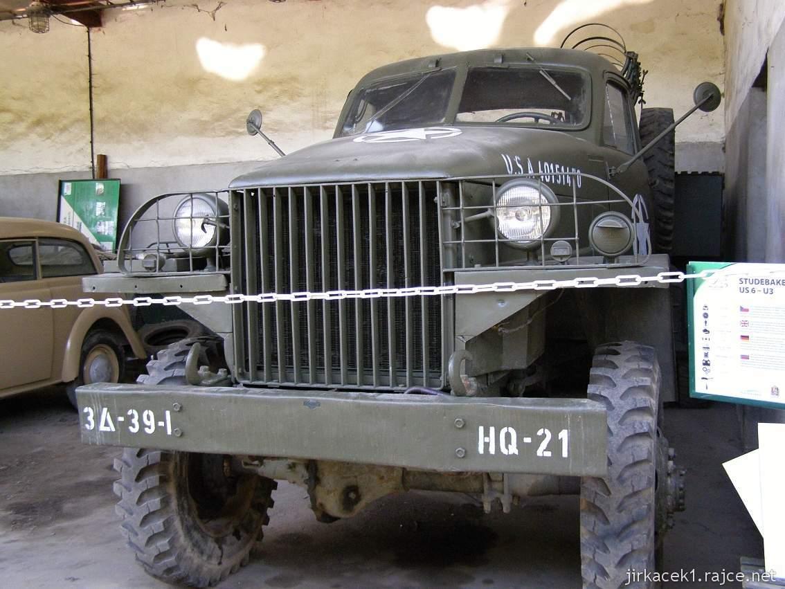 muzeum na demarkační linii Rokycany 32 - nákladní automobil STUDEBAKER US 6 - U3