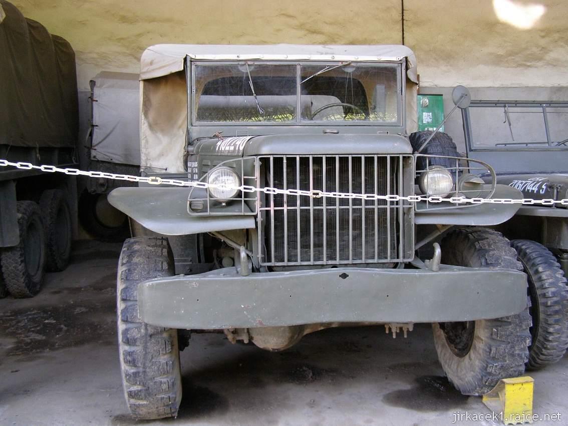muzeum na demarkační linii Rokycany 46 - nákladní automobil DODGE t214 WC51
