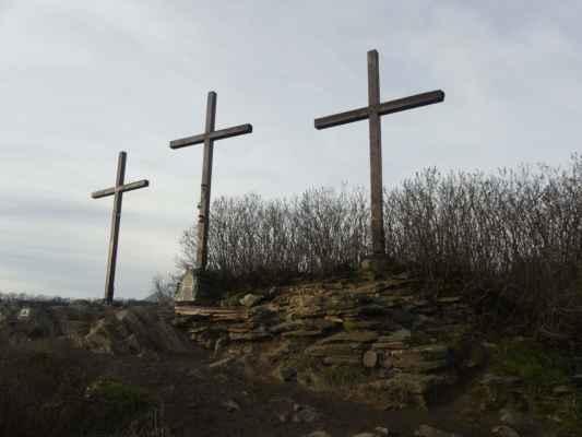 Vyhlídka Tři kříže. https://www.youtube.com/watch?v=oPc1KN1gEdE